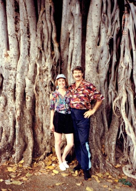 giant-banyan-lahaina-hawaii